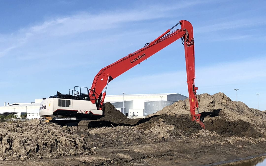 Factory-Built Link-Belt® 350 X4 Long Front Excavator Delivers More Performance and Fuel Efficiency
